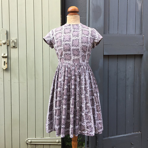 True Vintage 1950s Painterly Print Dress UK8 10 W28""
