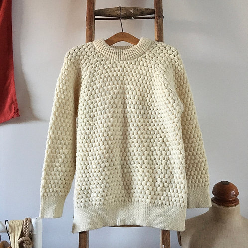 True Vintage English Wool Knitted Sweater M