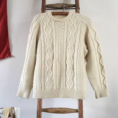 True Vintage Cable Hand Knit Wool Sweater S M