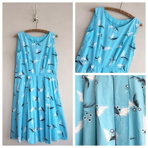 "True Vintage 1950s/60s Novelty Print Feather Cotton Dress UK14 W32"""