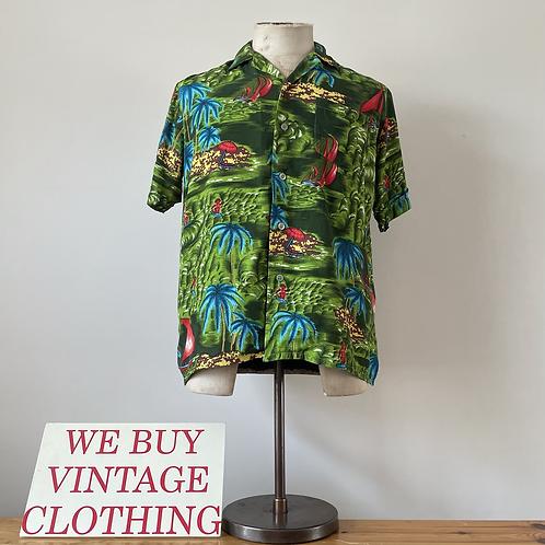 True Vintage 1960s/70s Hawaiian Rayon Novelty Print Shirt S M