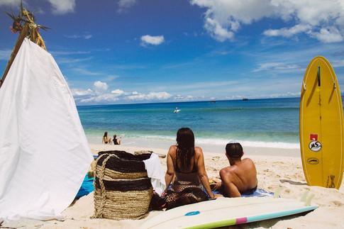 Surfing Daydream Beach Uluwatu