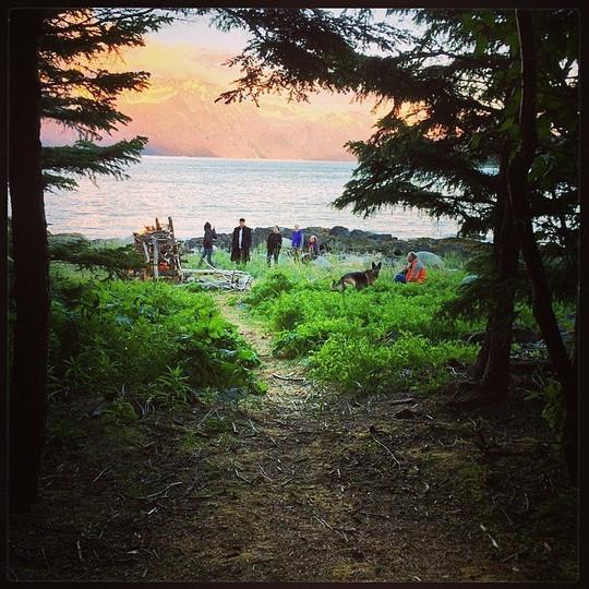 Sunset Bonfire Viking Cove - Haines Alas