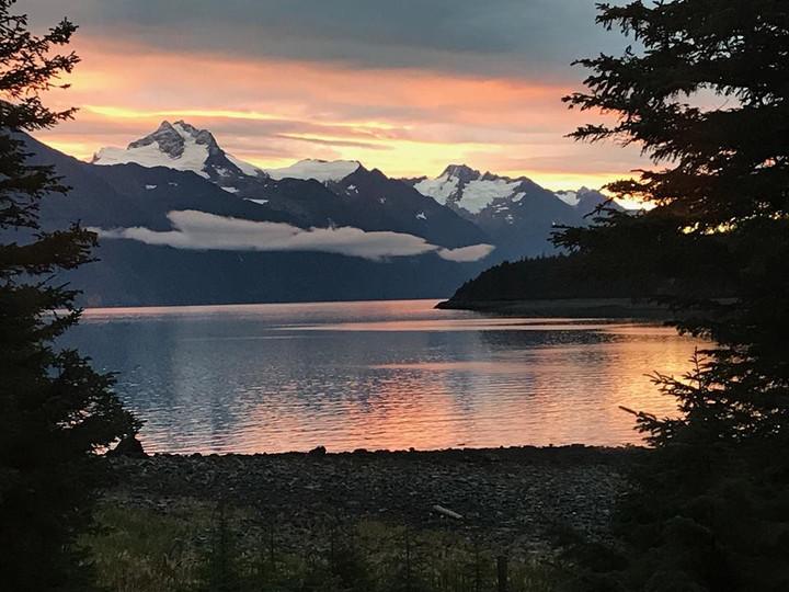 Sunset Viking Cove - Haines Alaska.jpg