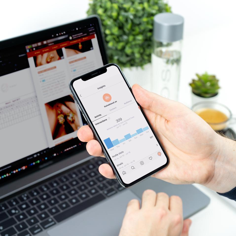 Responsive Design MockUp Apple Devices v