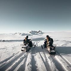 svalbard-snowmobilejpg