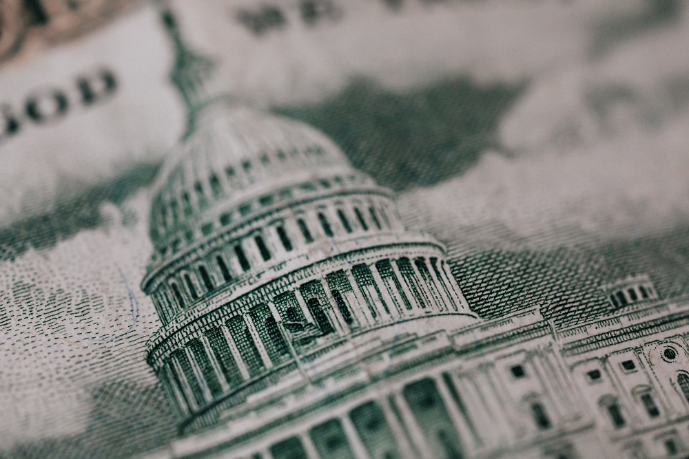 Picture of US Capitol Building on a dollar bill