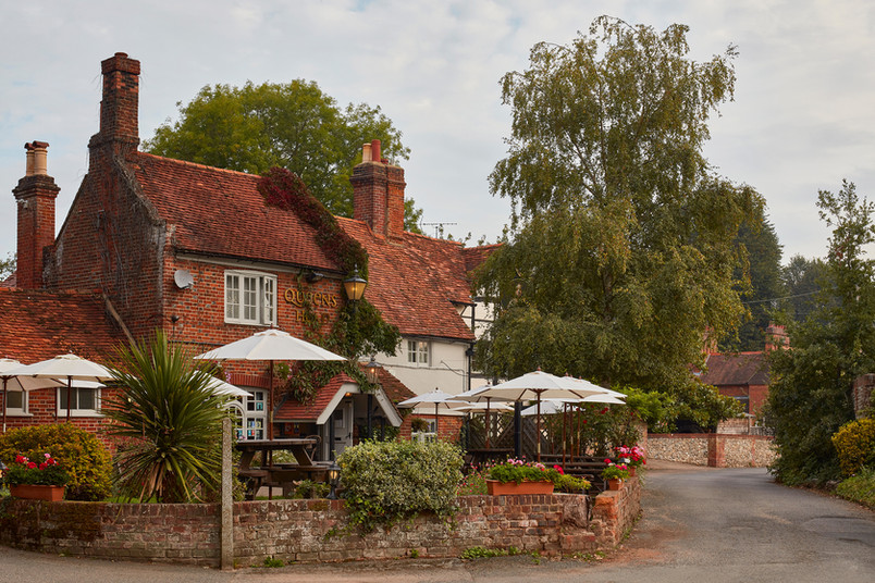 Queen Head Pub exterior road