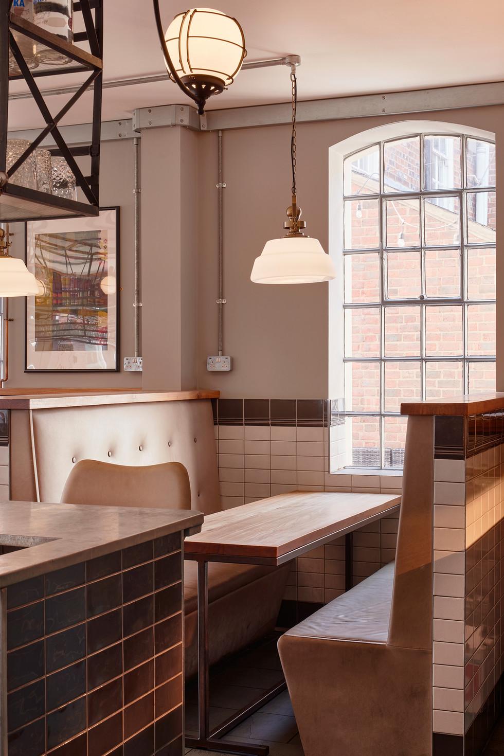 Heidrun-Gallery-Restaurant-shot2.jpg