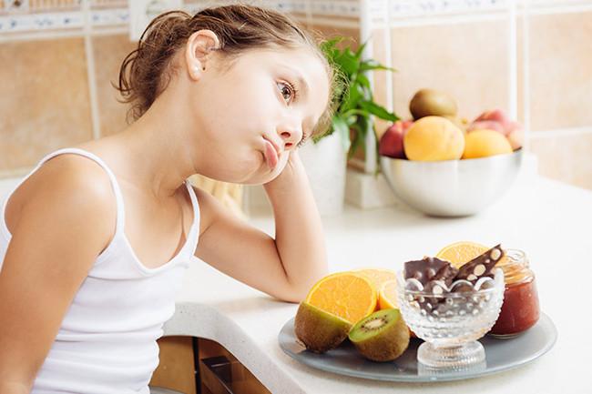 Ребенок плохо кушает: как поднять аппетит