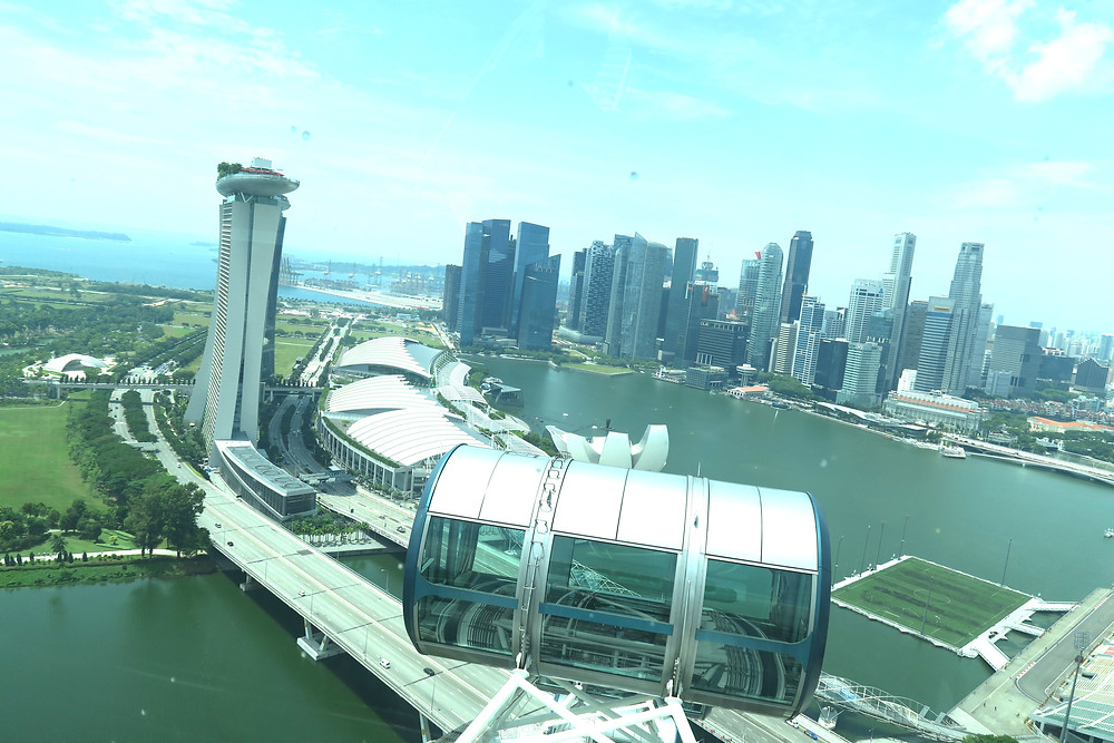The Singapore Flyer, the view.