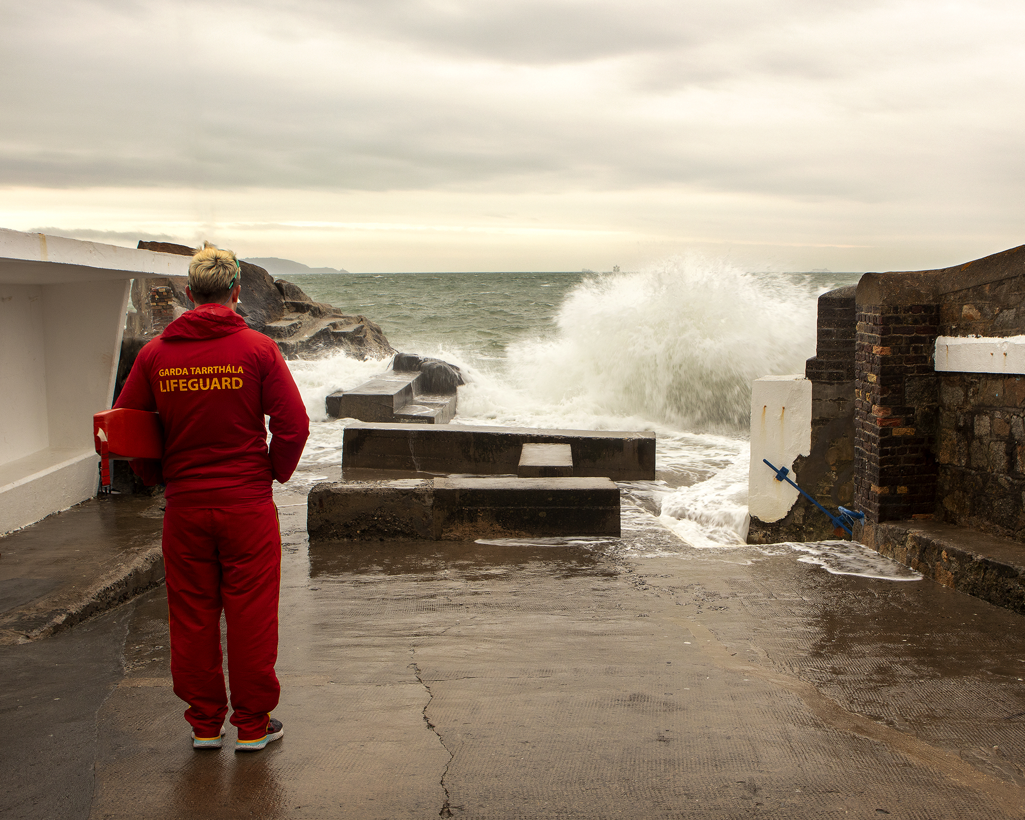 17 - Drama at the Forty Foot