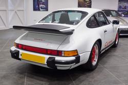 Porsche 911 3.2 Club Sport-4
