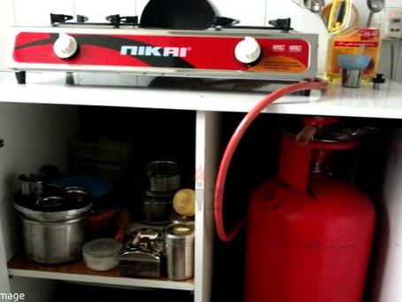 Periksa hayat hos dapur gas elak peningkatan kebakaran