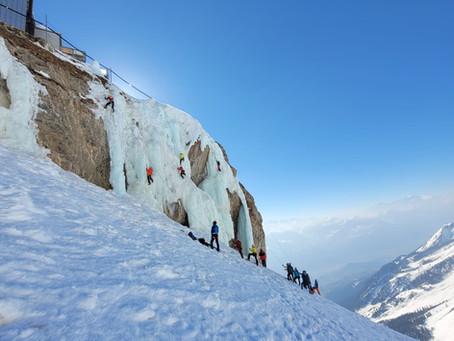 Cours d'escalade sur glace à Anzère Ice Park