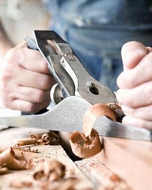 Man Holzschnitzerei