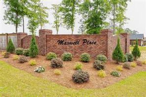 Maxwell Place Sign.jpg