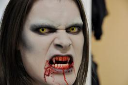 "Halloween ""Vampire"" - Eva Gelly"