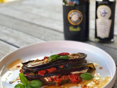 Tian van mozzarella, courgette, aubergine en tomaat