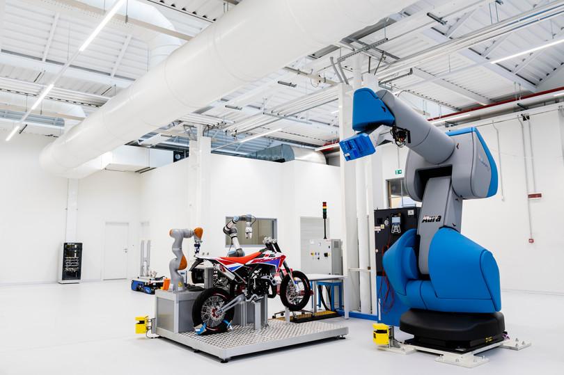 Robot collaborativi3.jpg