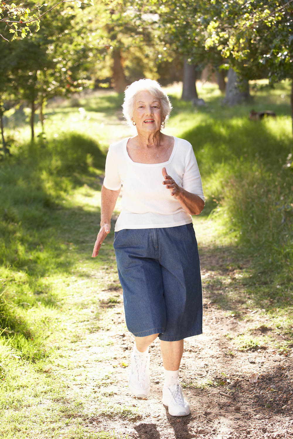 Elderly-woman-jog-in-park1