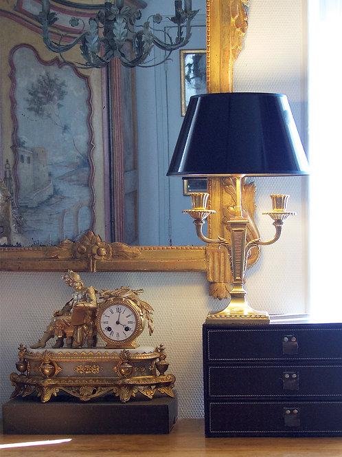 Chandelier à deux bras de lumière monté en lampe, signé E. Mottheau, XIXe