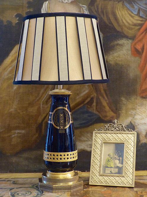 Lampe vase Art Déco en porcelaine de Sarreguemines bleu de four