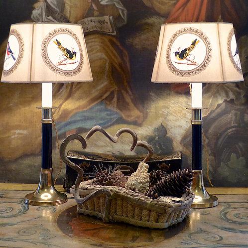 Paire de bougeoirs Art déco laiton et ébène, montés en lampes, XXe