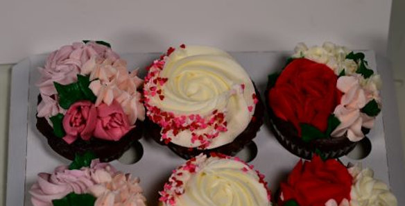 Sweet Dispositions delectable cup cakes