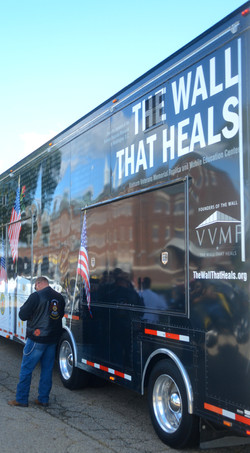 The Wall That Heals - 9405