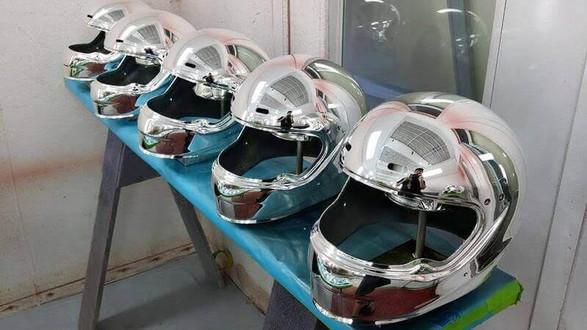 chrome_helmet.jpg