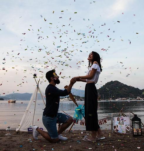 Deniz Kapısı'nda evlilik teklifi