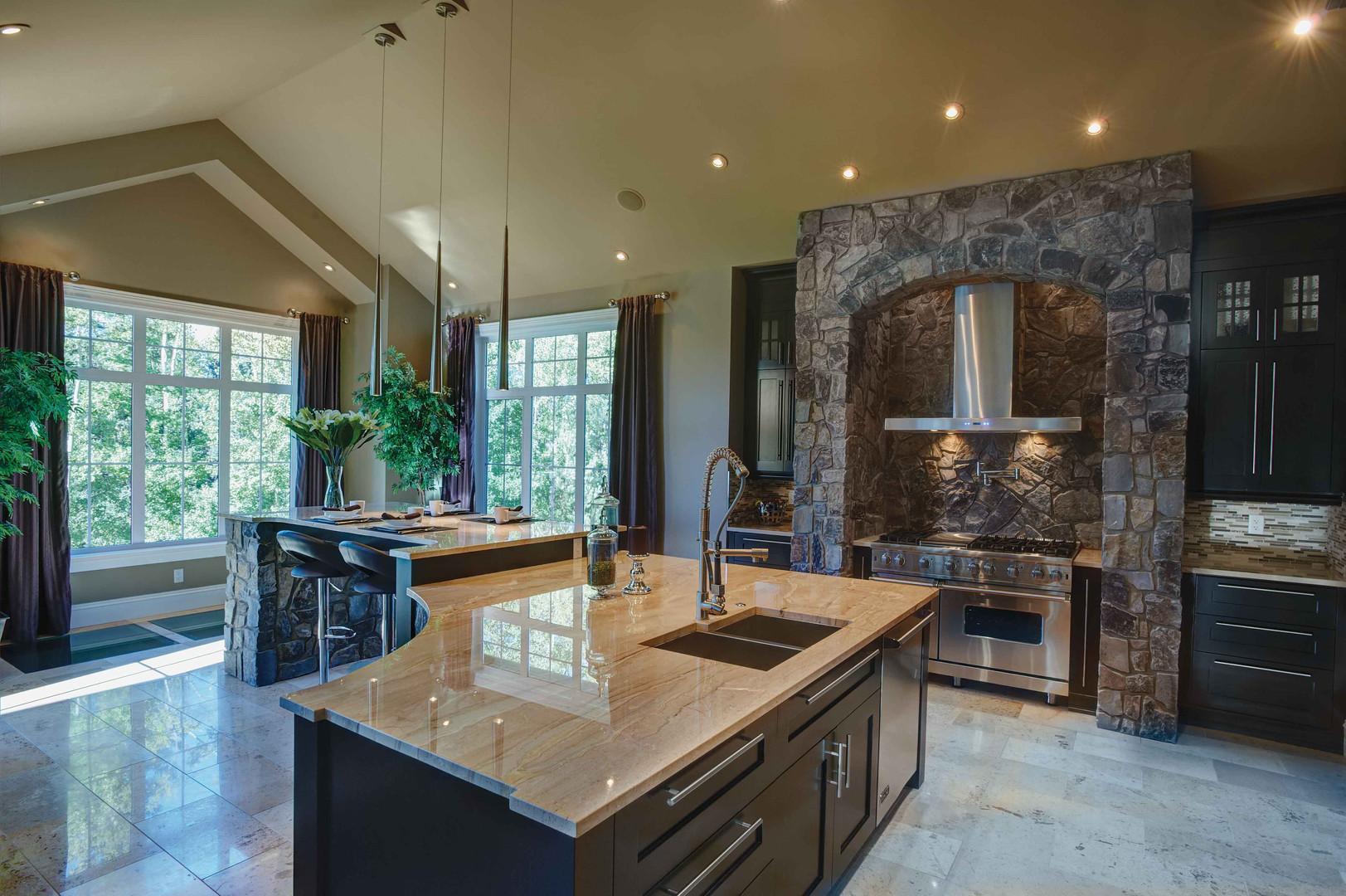 moose-mountain-cottage-tv_kitchen.jpg