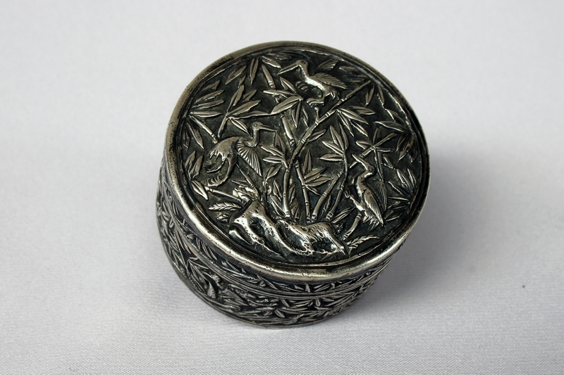 SIAM CHINESE ANTIQUE SILVER BOX CRANES