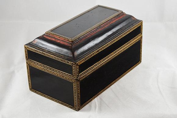 """ANTIQUE CAMBODIA LACQUER """"TREASURE"""" BOX"""