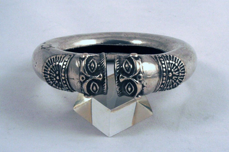 SOUTH INDIA DOUBLE MASK ANTIQUE SILVER BRACELET