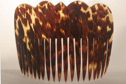 SUMBA LARGE SIMPLE TURTLE SHELL COMB