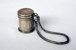 SMALL ANTIQUE SILVER OPIUM BOX with CHAIN