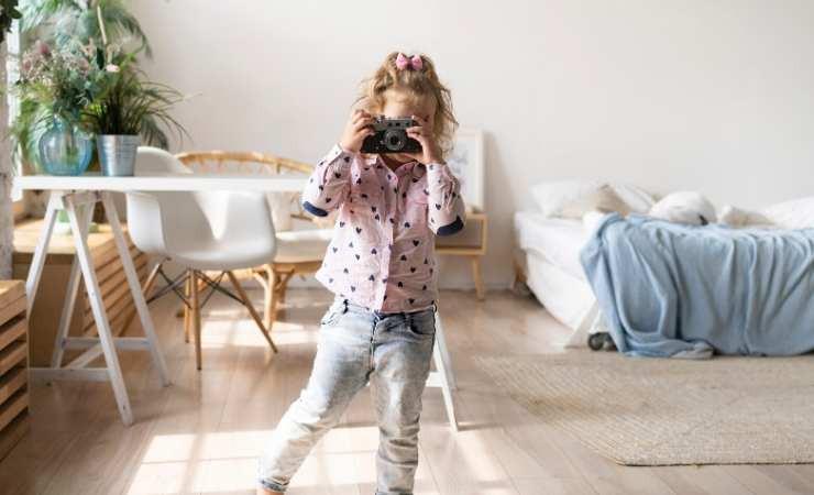 evde çocuklarla yapılacak etkinliklerden birisi fotoğraf albümü oluşturmak