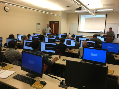 Guest lecturer Dr. Taejin Kim (NCI) leads CHEM 4090/5090 NanoBioChemistry students through a workshop on the 3D modeling of RNA nanoparticles.