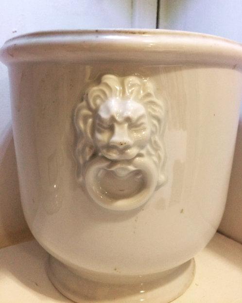 Pôt - cache pôt en porcelaine à tête de lion Limoge
