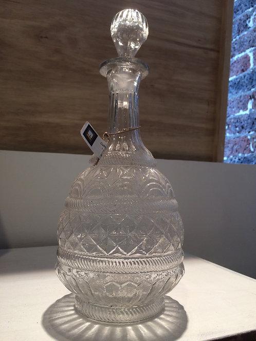 Glass carafe/Carafe en verre