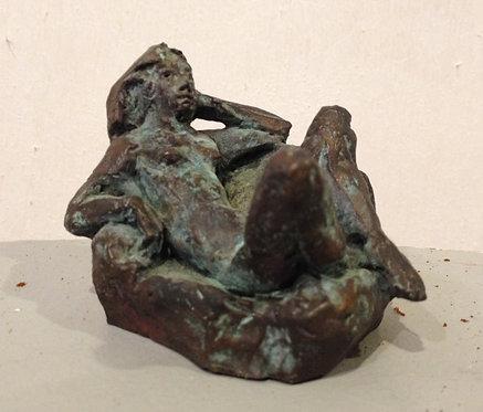 Cade, petit nu au fauteuil, bronze