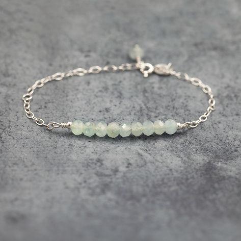 AB117 Bracelet bar Aquamarine beads.jpg