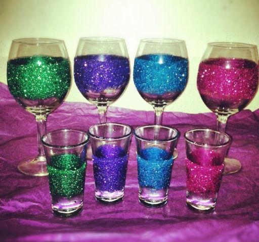 Glittered shot/wine glasses (6)