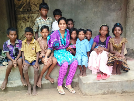 Orphaned at 4-Months! This Girl Is Now Helping Underprivileged Kids Get a Good Education.