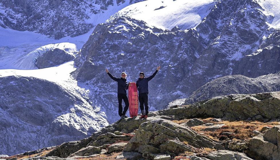 Martin thomas armelle courtois fone planche riding to explore montagne glacier kitesurf lac