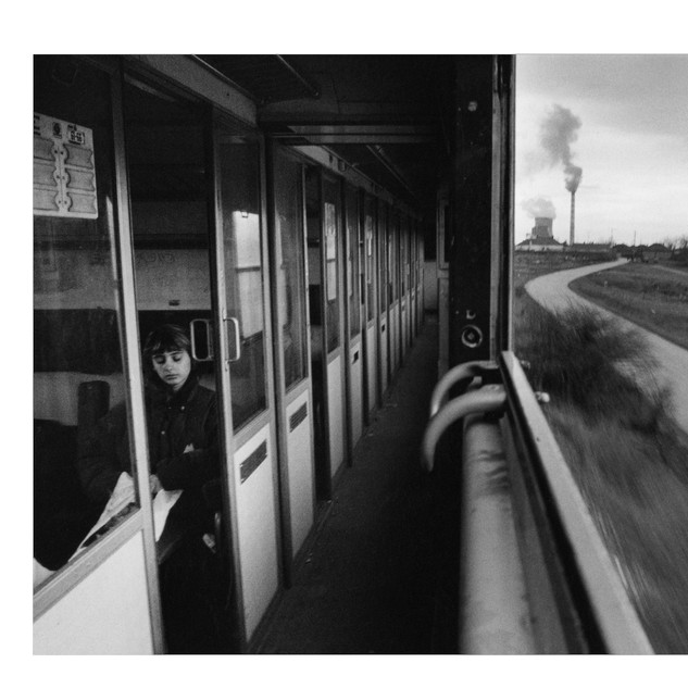 Le train des enclaves serbes au Kosovo, 2004