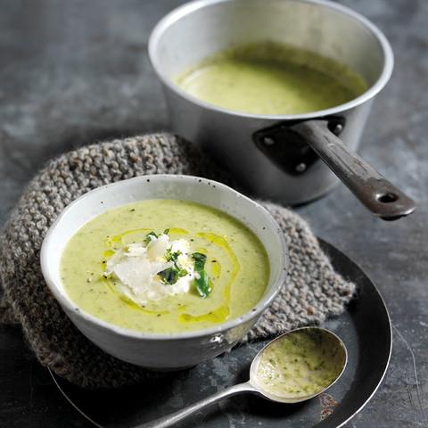 Squash, Parmigiano Reggiano og crème fraiche suppe