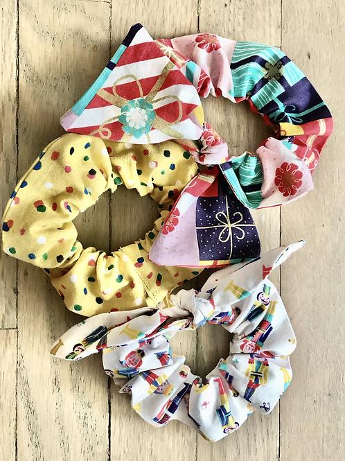 Bold Winter Scrunchies Set